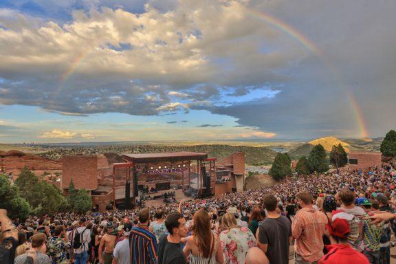 Red-Rocks-crowd-rainbow-w1-576x384